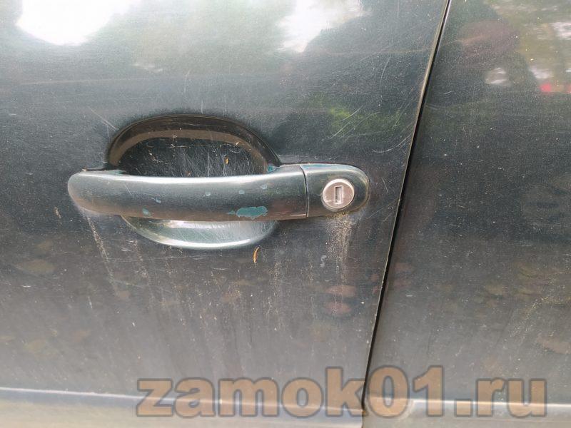 экстренное вскрытие авто с севшим аккумулятором